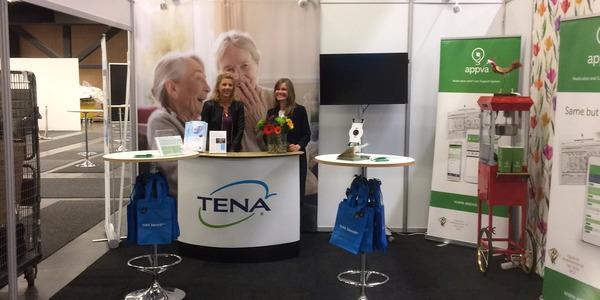 Bild på TENA och Appvas gemensamma monter från mässan vitalis