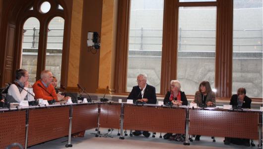 Diskussion vid riksdagsseminarium
